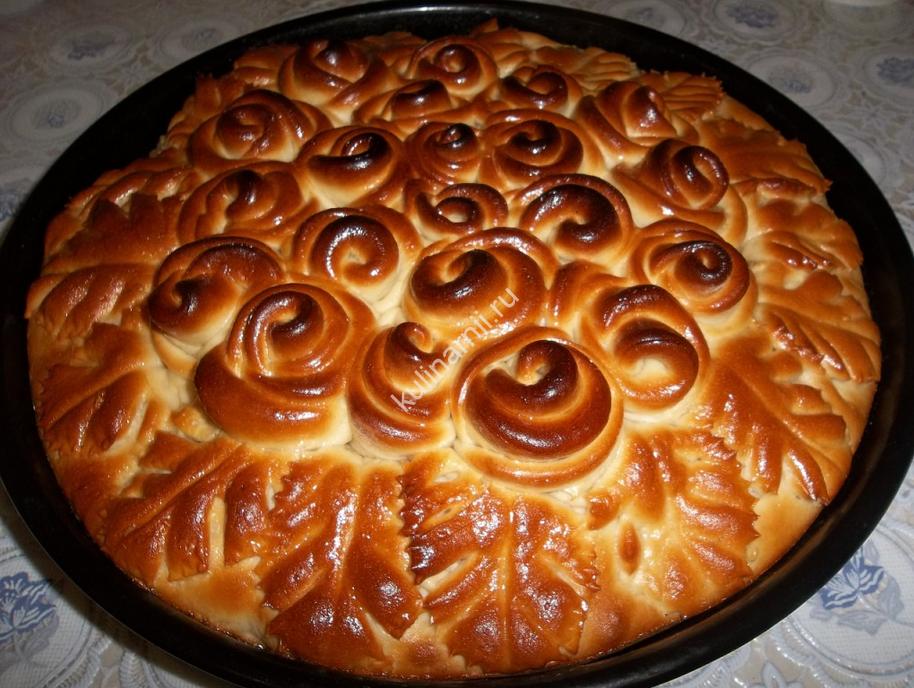 Пирог с яблоками и вареньем рецепт