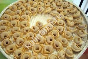 Тесто на пельмени рецепт с фото