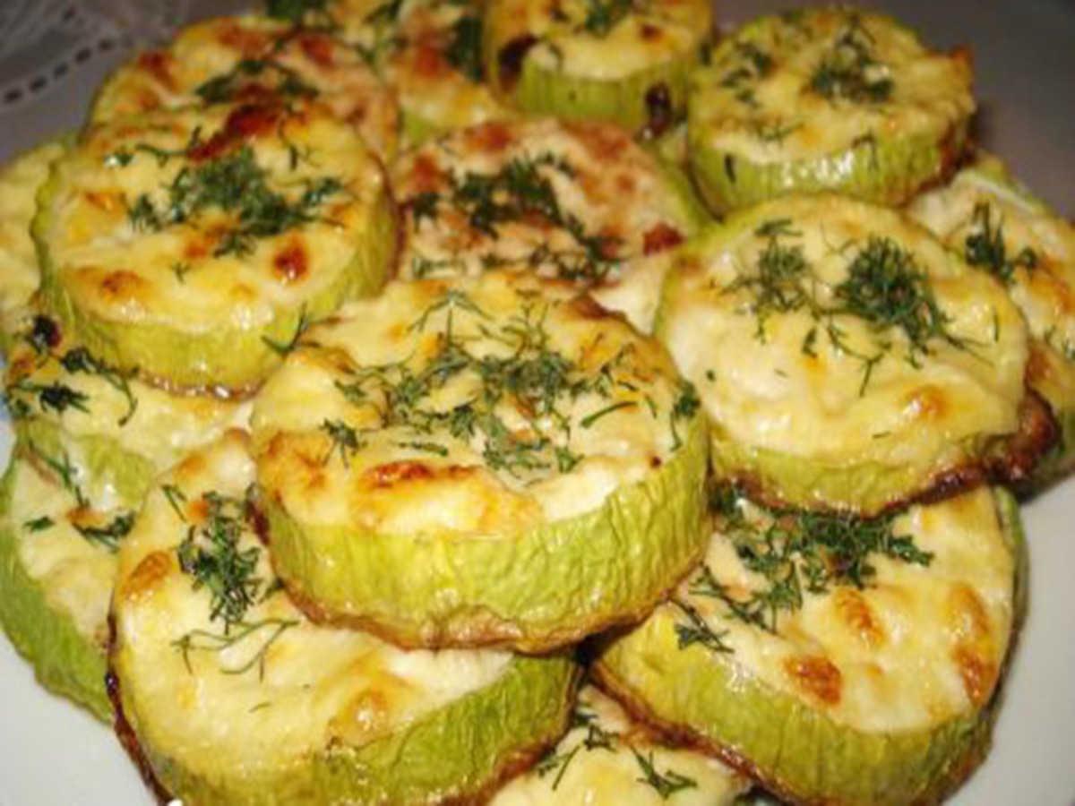 Запеченные кабачки в духовке с сыром и чесноком рецепт пошагово