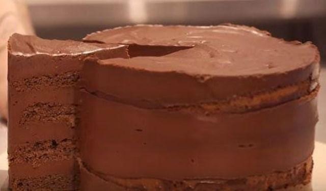 Рецепт от Джеммы. подруги и коллеги Джейми Оливера — вкуснейший шоколадный торт, напоминающий по вкусу трюфель!