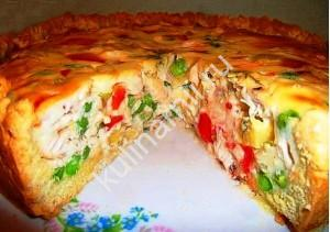 открытый пирог на кефире с курицей и овощами фото