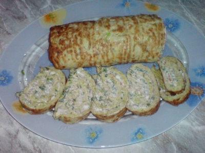 Рулет из кабачков с сыром, и чесноком