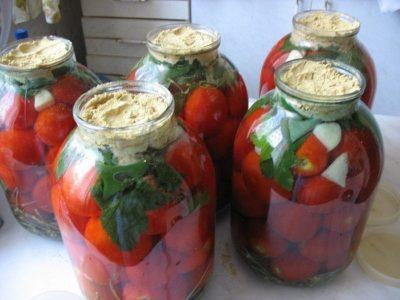Восхитительные квашеные помидоры с горчицей
