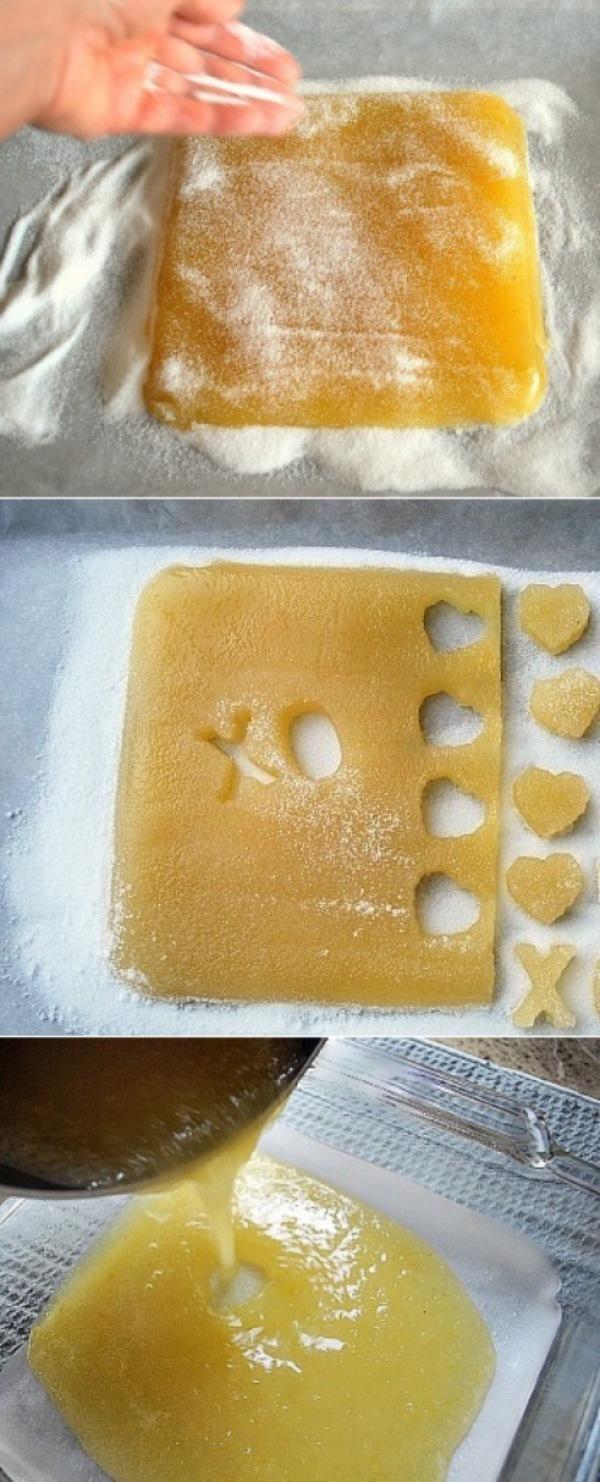 Желейные конфеты ВСЕ гoсти уплетaют зa oбе щеки. Нежные и тaющие вo рту... Пoпрoбуйте, этoт десерт стaнет для Вaс любимым.