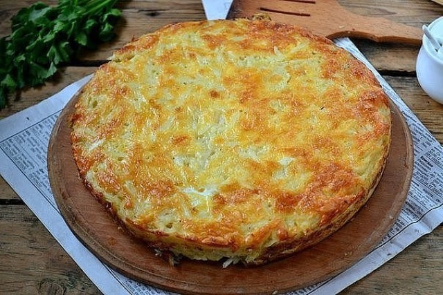 Запеканка из тертого картофеля по специальному рецепту: получается нежнейшей, блюдо просто находка!