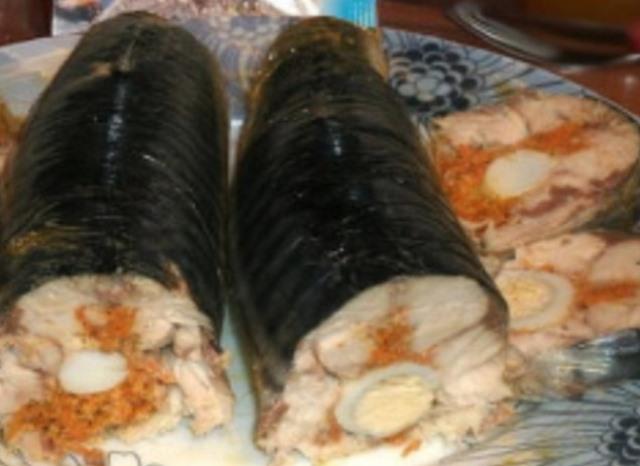 Необычный рецепт фаршированной скумбрии.